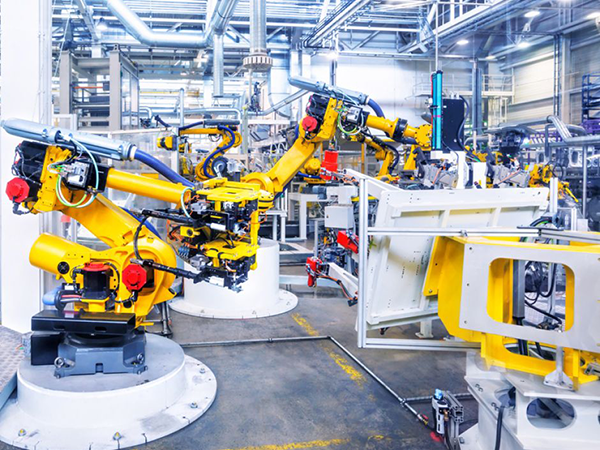 Fig. 1: Many castings are integrated in modern industrial robots.  (Image: Fotolia / Nataliya Hora) (c) Image: Fotolia / Nataliya Hora